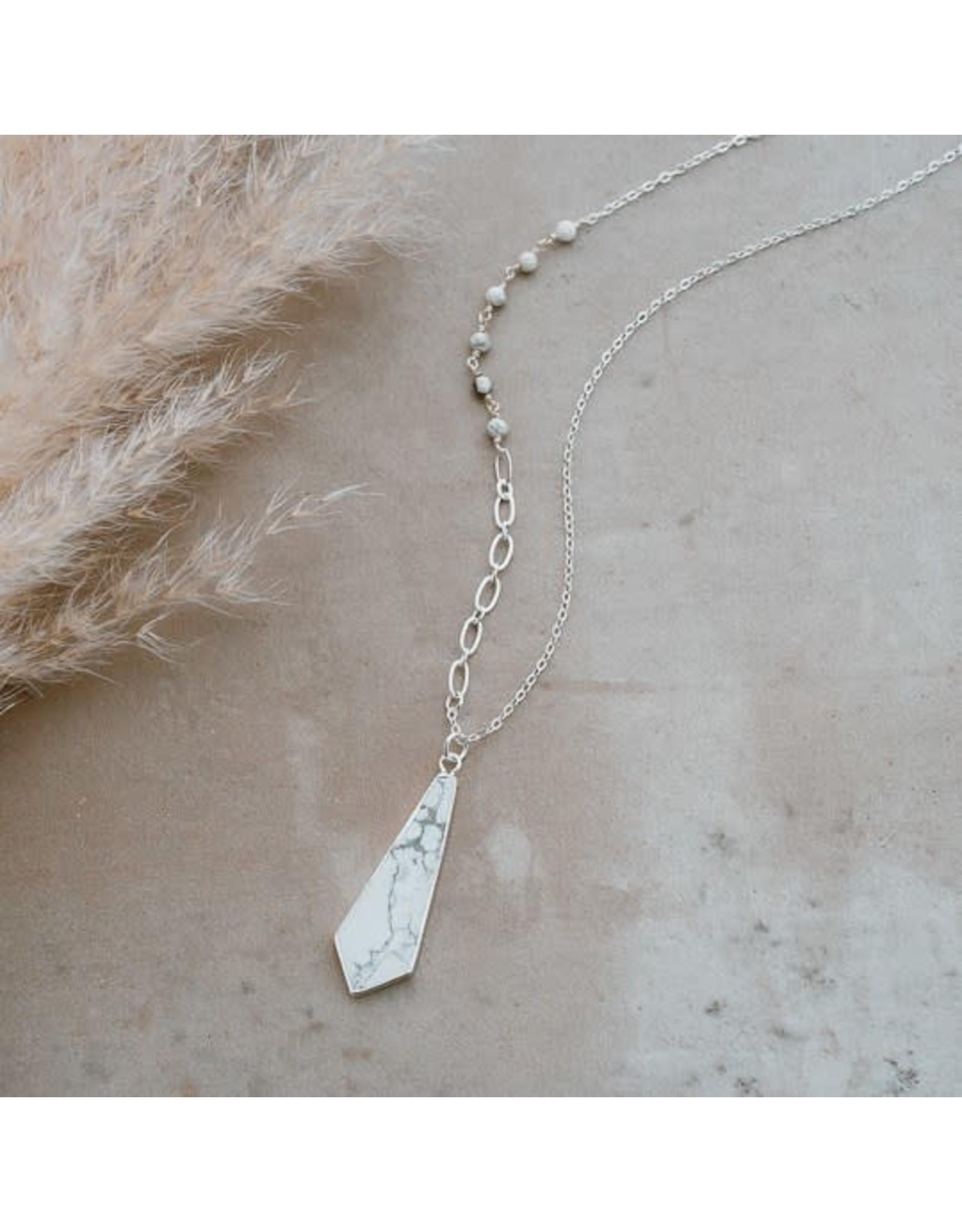 Glee jewelry Avalon Necklace, Gold/howlite
