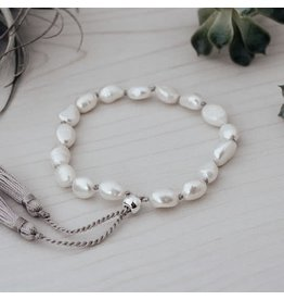 Glee jewelry Humble Bracelet, White Pearl
