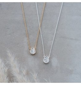 Glee jewelry Apex Necklace/Howlite/Gold