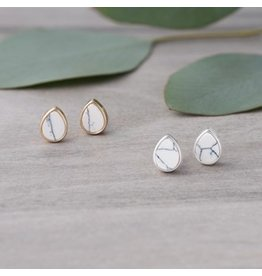 Glee jewelry Apex Studs, Howlite/Silver