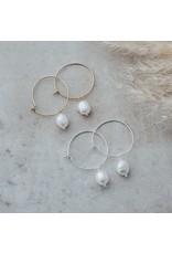 Glee jewelry Bellamy Hoops/White Pearl/Gold
