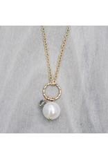 Glee jewelry Betty Necklace/Smokey/White Pearl