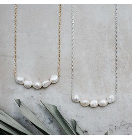 Glee jewelry Elene Necklace/Gold White Pearl
