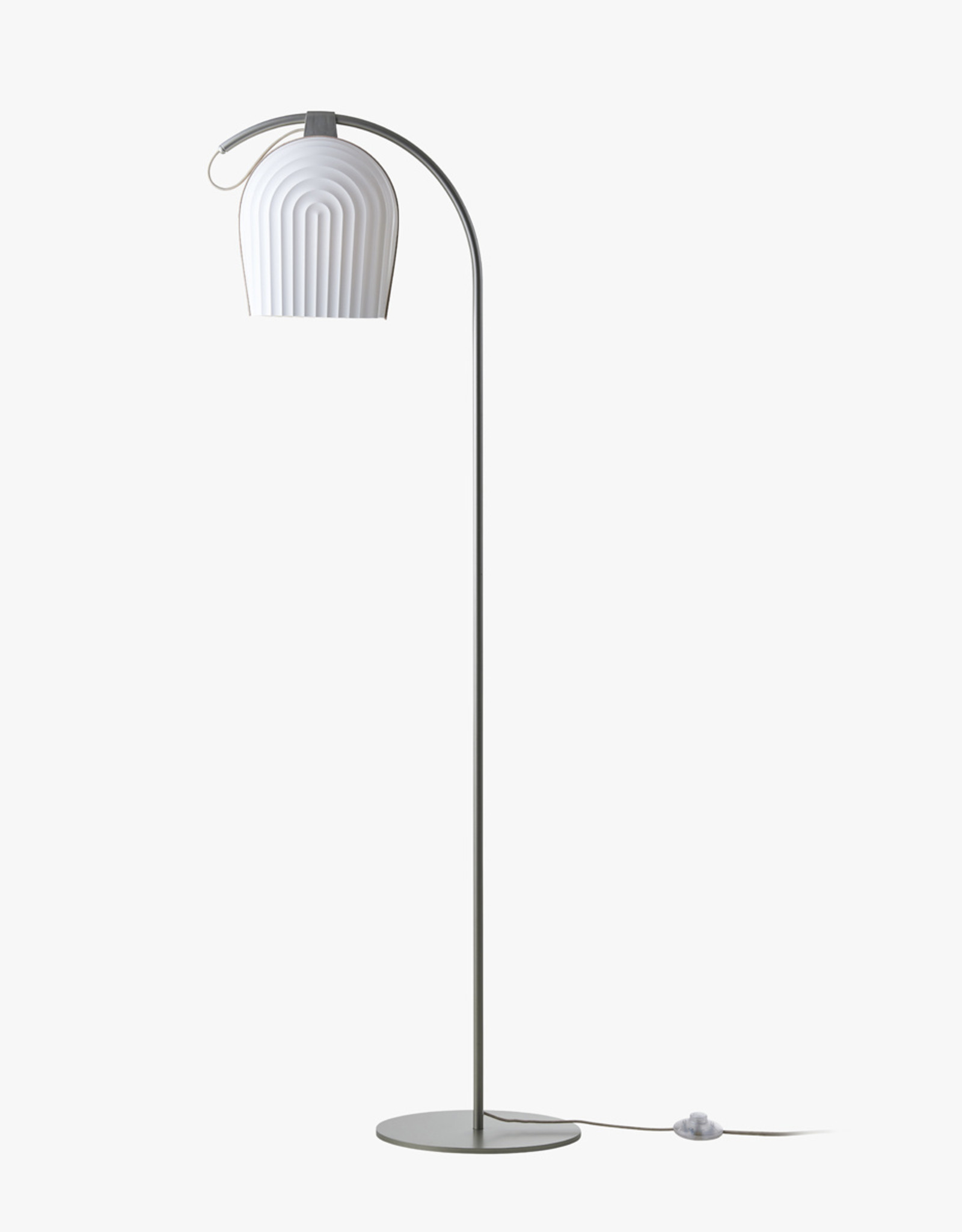 Arc 387 floor light by N.Neergaard & M.Hesseldahl | Plastic | Champagne | Dia28cm x H142cm | 1x E27 800 LM max. 15W LED bulb required