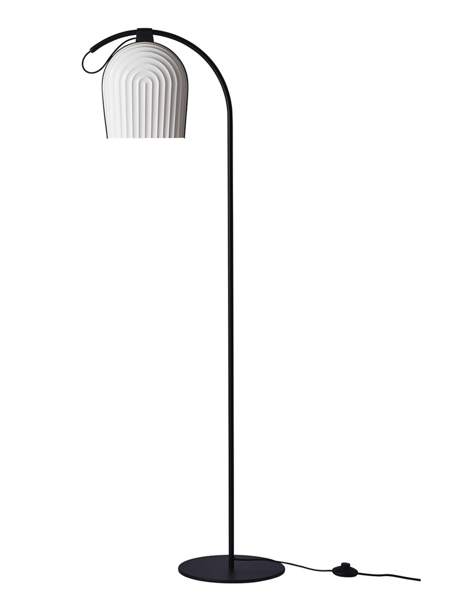 Arc 387 floor light by N.Neergaard & M.Hesseldahl | Plastic | Black | Dia28cm x H142cm | 1x E27 800 LM max. 15W LED bulb required