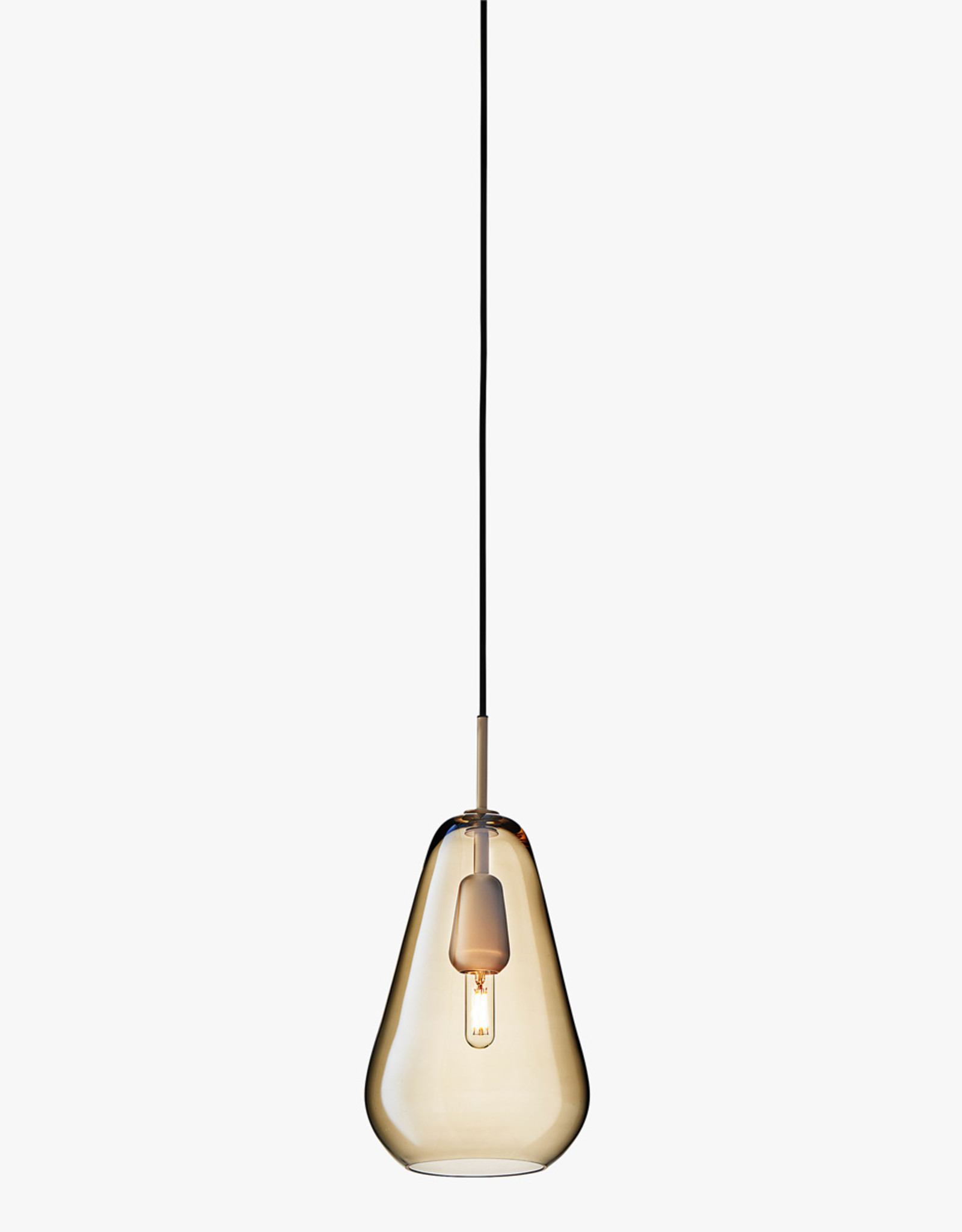 Nuura Anoli 1 pendant by Sofie Refer | M | Nordic gold/gold