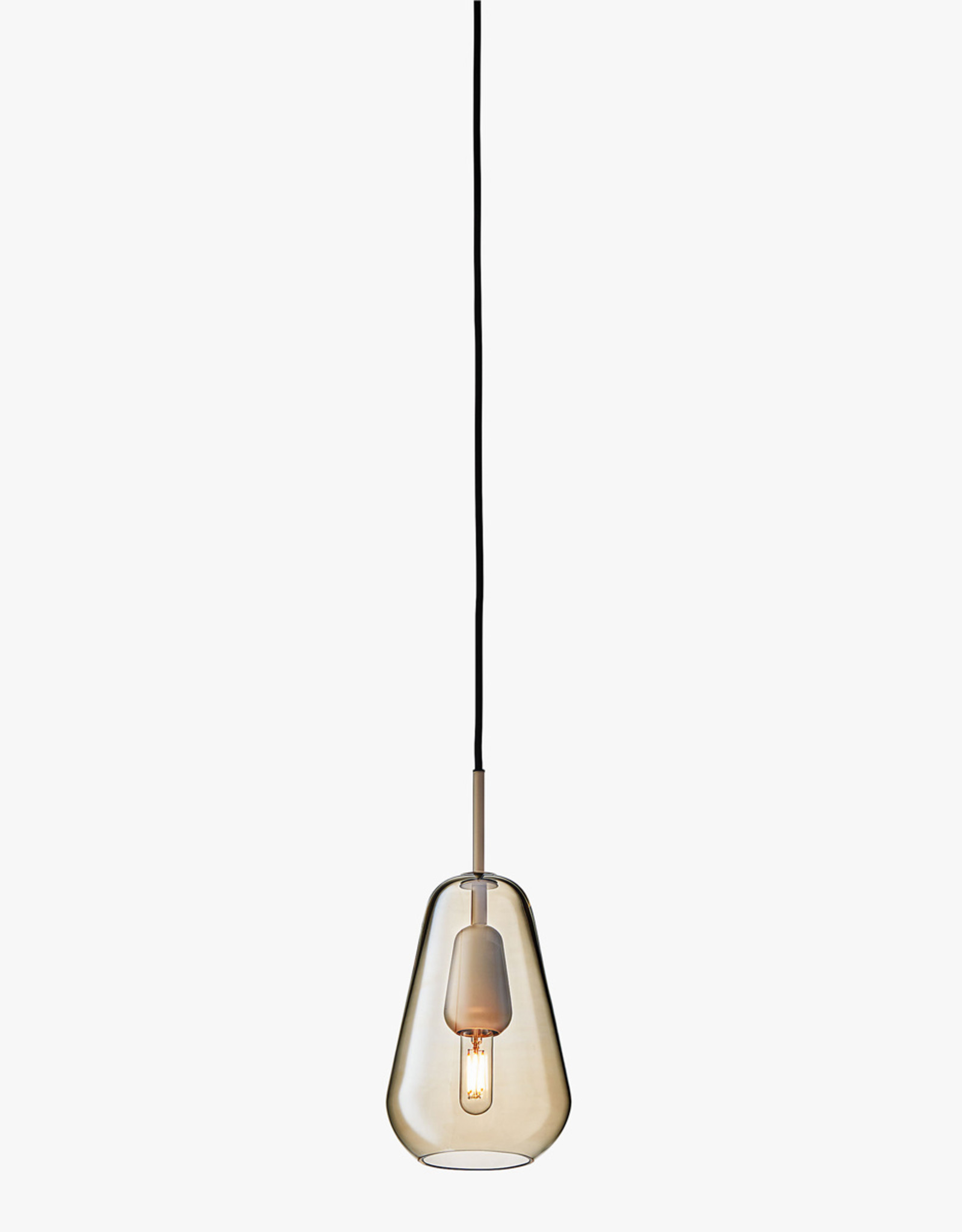 Nuura Anoli 1 pendant by Sofie Refer | S | Nordic gold/gold