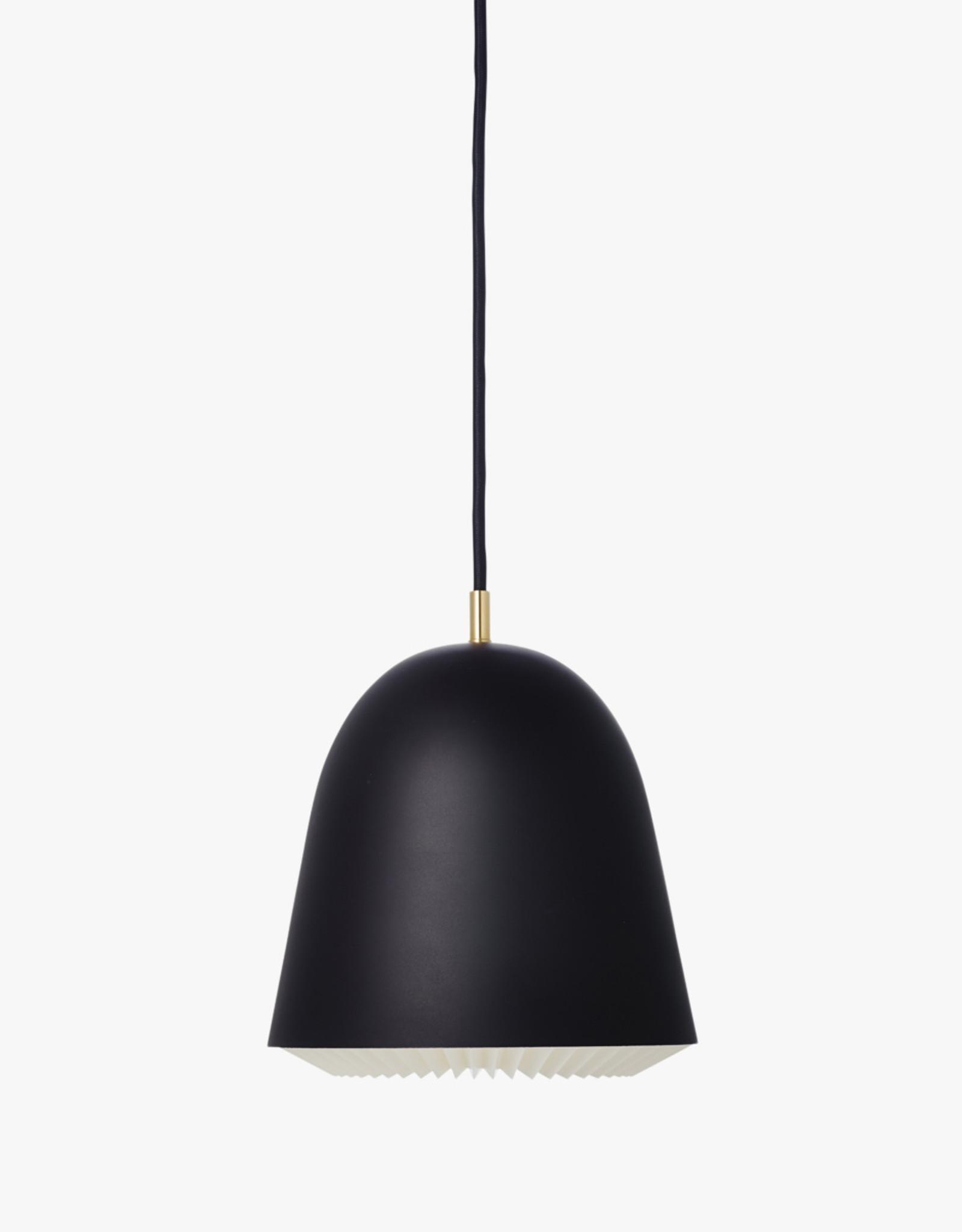 Caché pendant light by Aurelién Barbry | Black | M | W30cm c H32cm |1x E27 1200 LM max. 20W LED bulb required