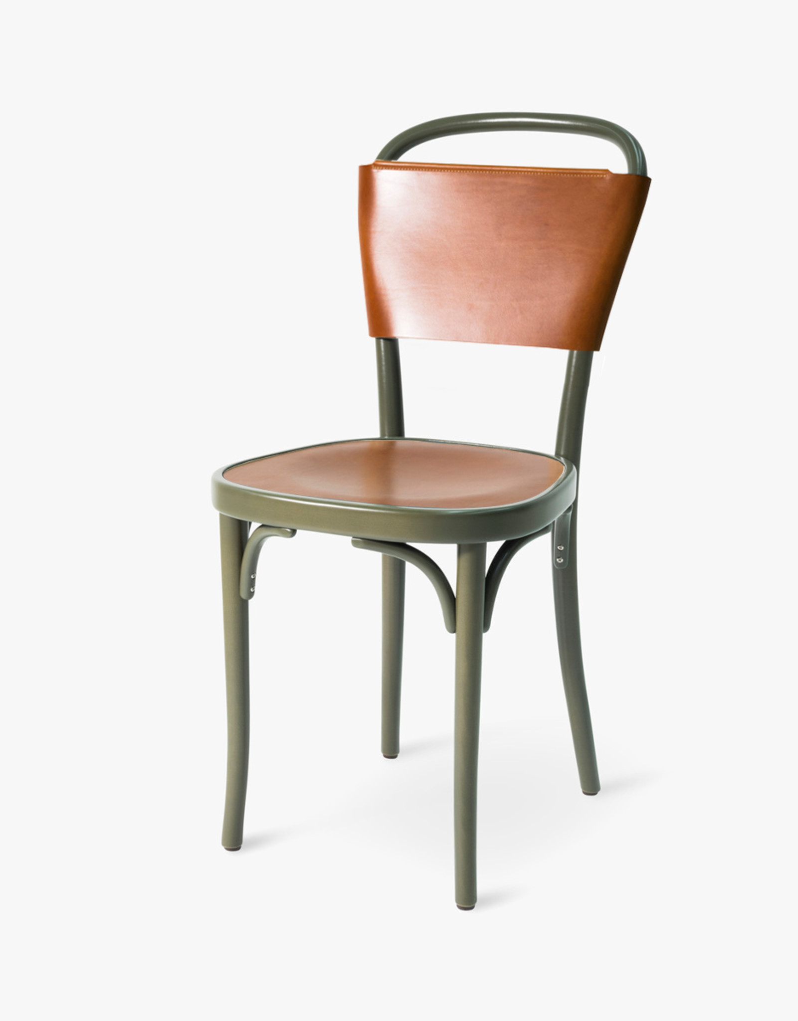 Vilda 3 chair by Jonas Bohlin | Cognac Tärnsjö leather | Green lacquered beech frame | SH470mm