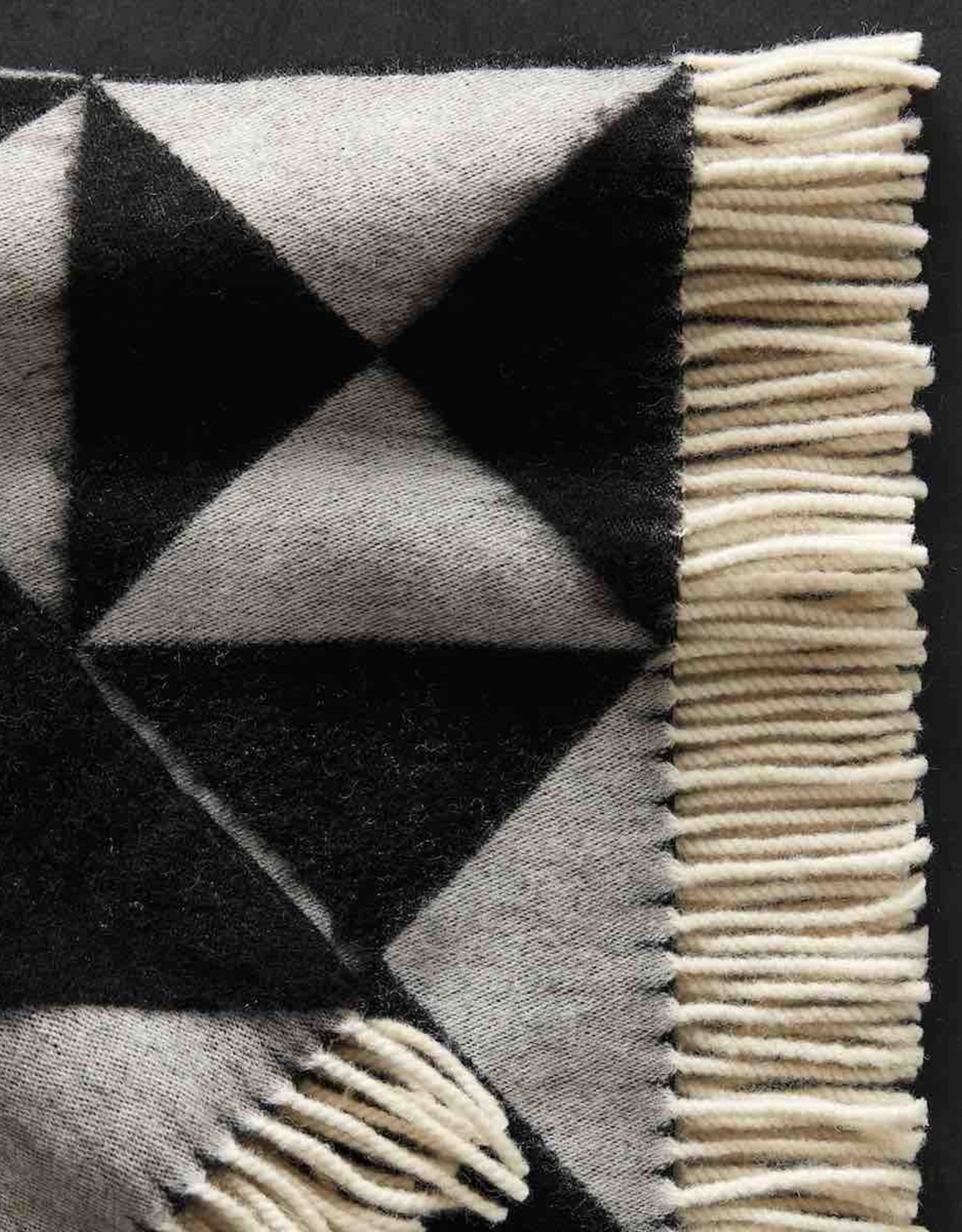 Mirror throw by Verner Panton | Black | NZ wool |  L1980mm x W1300mm