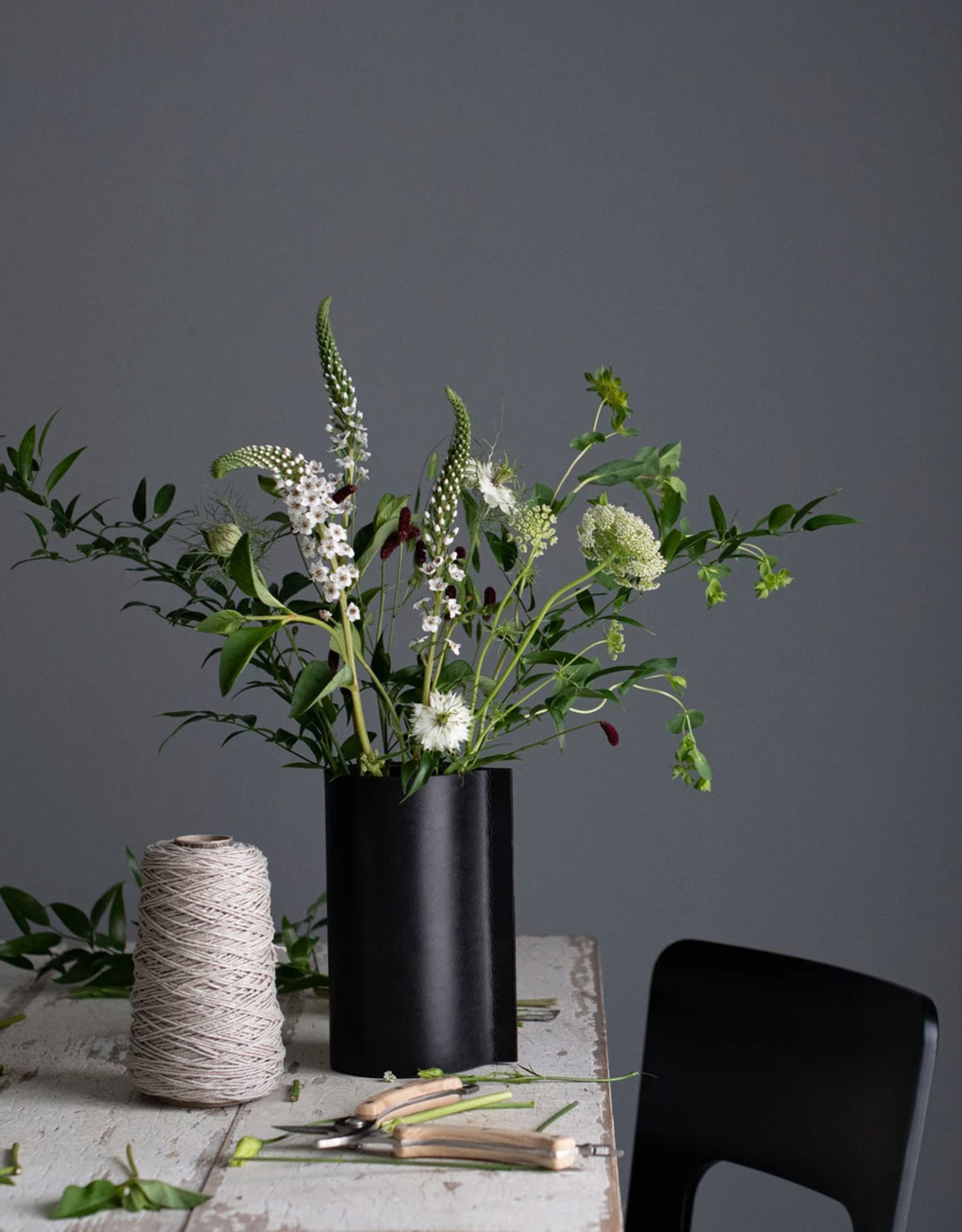 Hold Me Tight vase by Camilla Bjerre & Heidi Høgdall | Black | H300mm x Dia250mm