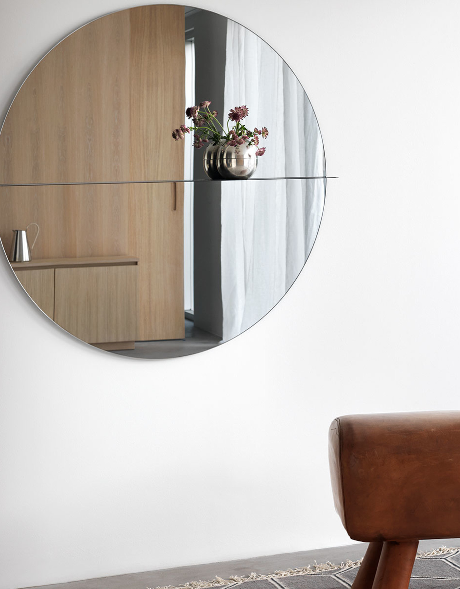 Otto mirror by Anya Sebton & Eva Lilja Löwenhielm