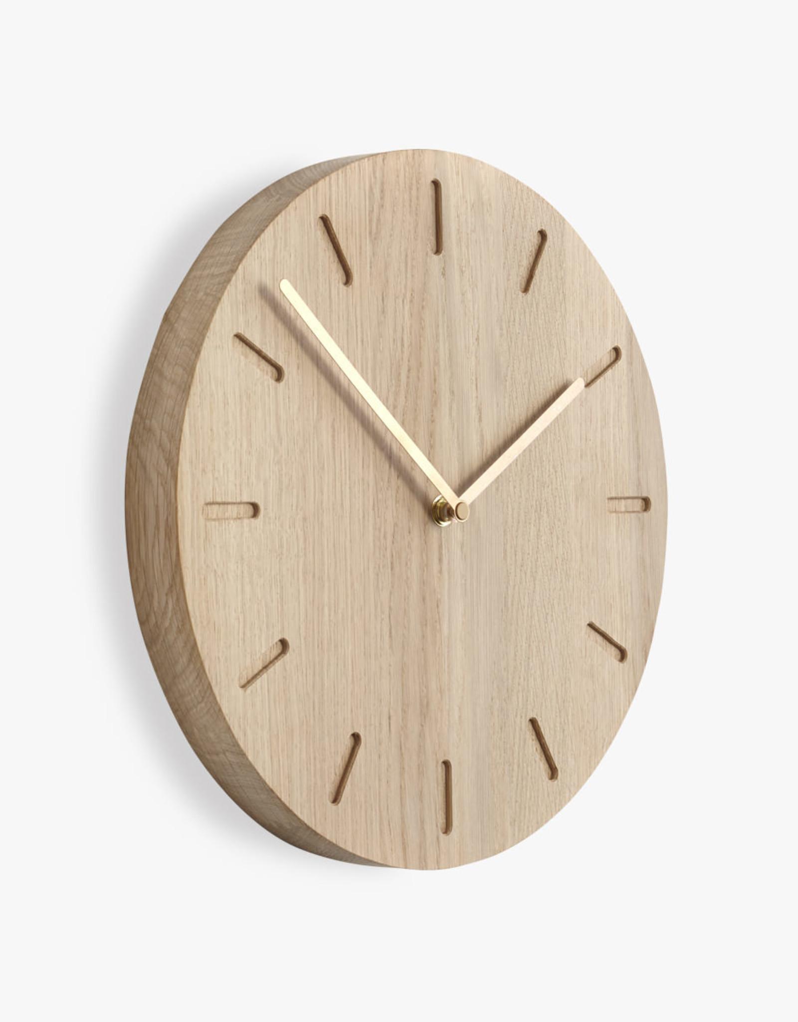 Watch:Out wall clock | Brass hands | Oak