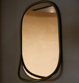 Butler mirror by Mathieu Gustafsson | Black lacquered beech