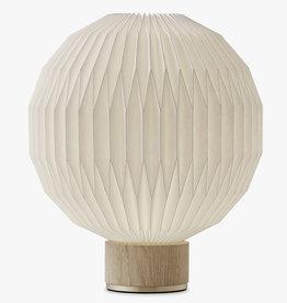 Model 375 table light by Esben Klint | M | Plastic | Oak | Dia33cm x H38cm | 1x E27 800 LM max. 20W LED bulb required