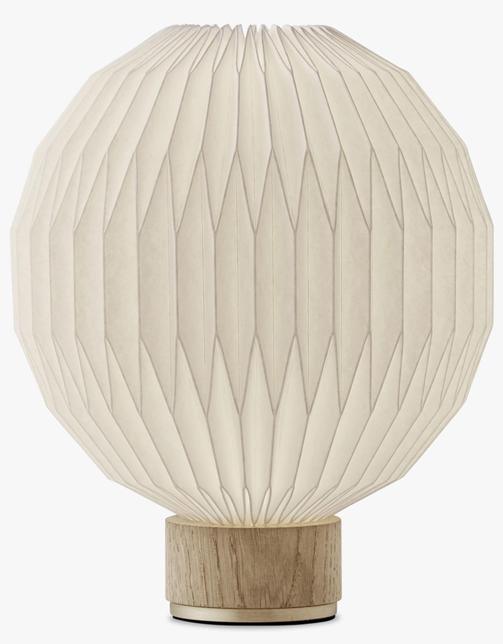 Model 375 table light by Esben Klint | S | Plastic | Oak | Dia22cm x H25cm | 1x E27 600 LM max. 20W LED bulb required