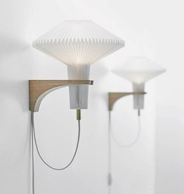 Mushroom 204 wall light by Vilhelm Wohlert | Plastic | Oak