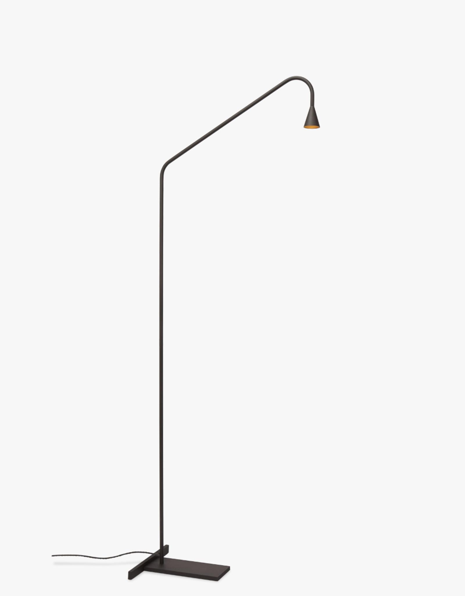 Austere-Floor light by Hans Verstuyft | Black