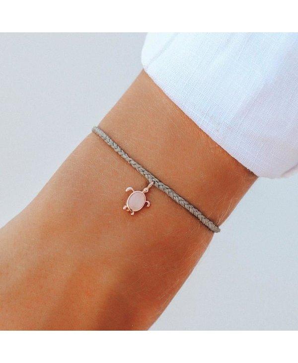 Sea Turtle Charm Bracelet in Rose Gold