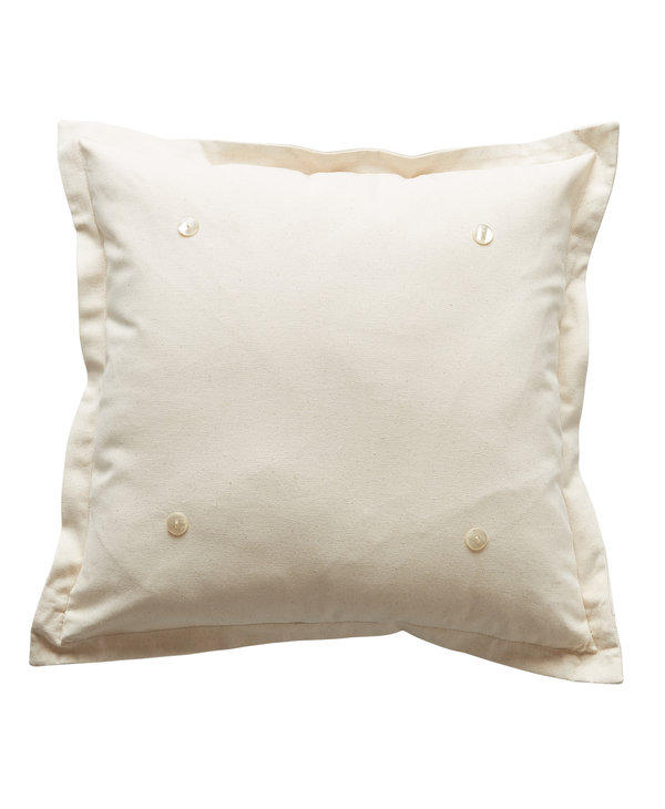 Pillow With 4 Buttons