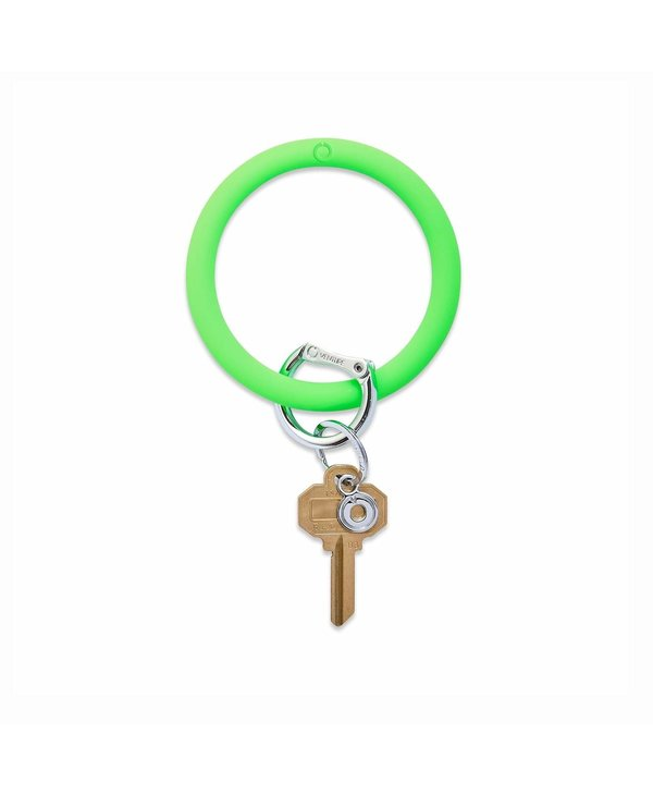 Silicone Big O Key Ring in In The Grass