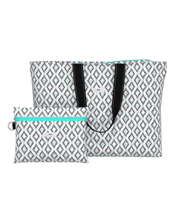 Plus 1 Foldable Travel Bag in Teal Diamond
