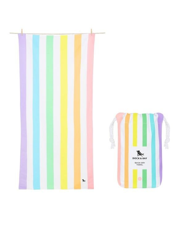 Summer XL Towel in Unicorn Waves