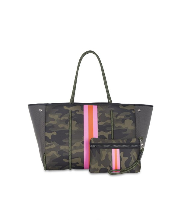 Greyson Tote in Showoff