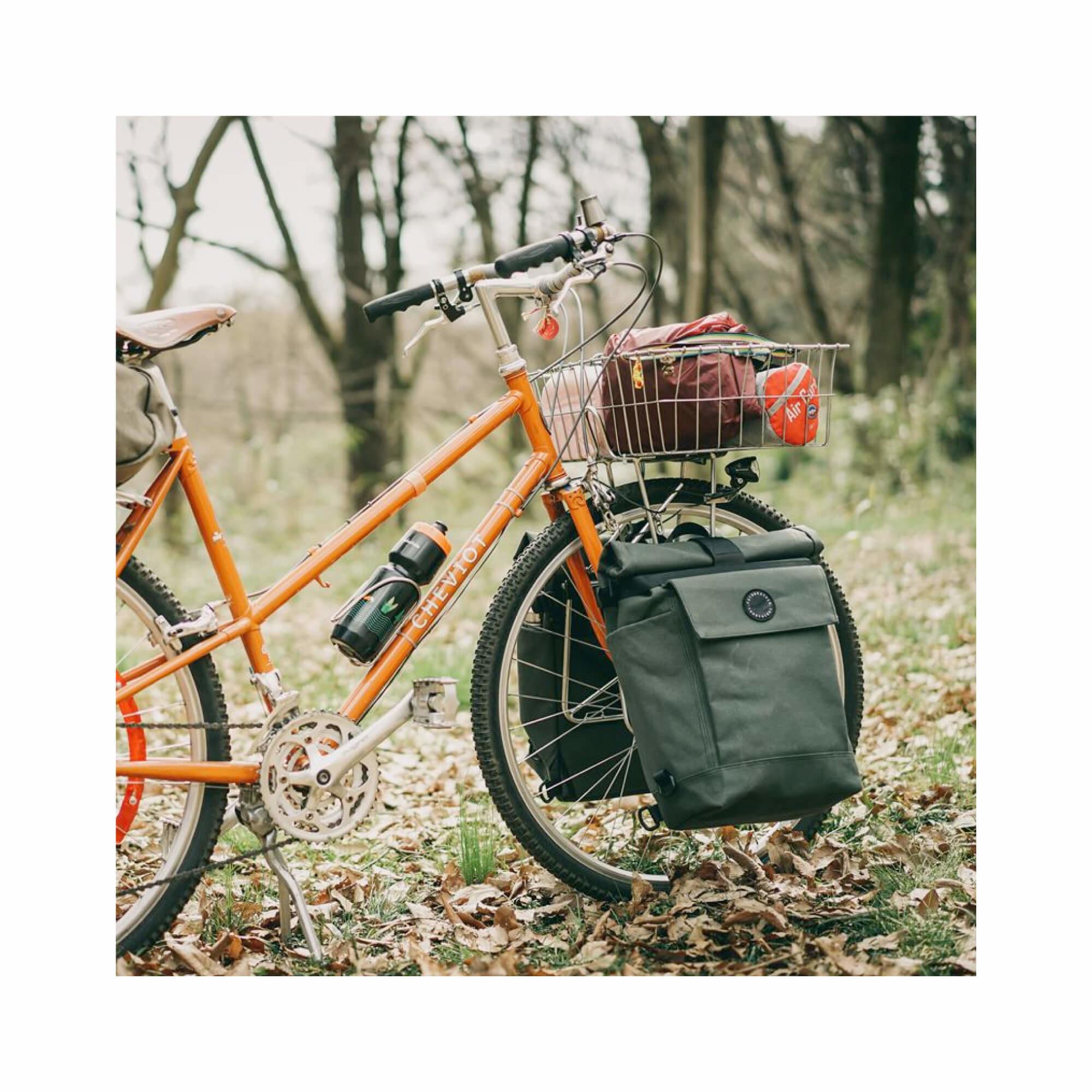 Roll Top Pannier Bag Black-6