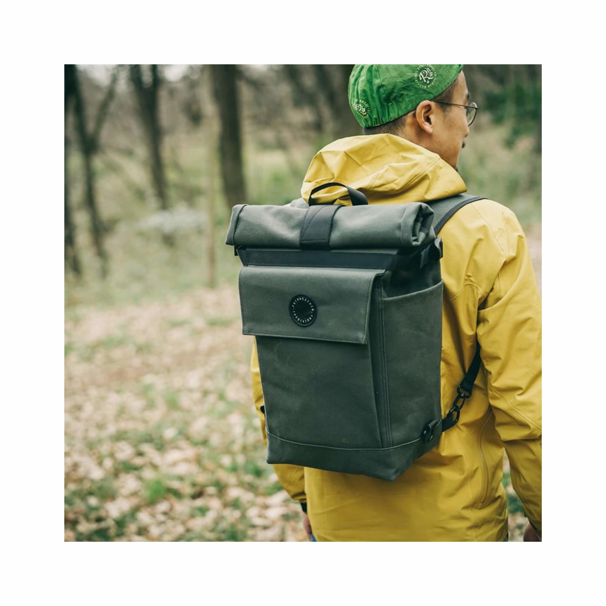 Roll Top Pannier Bag Black-10