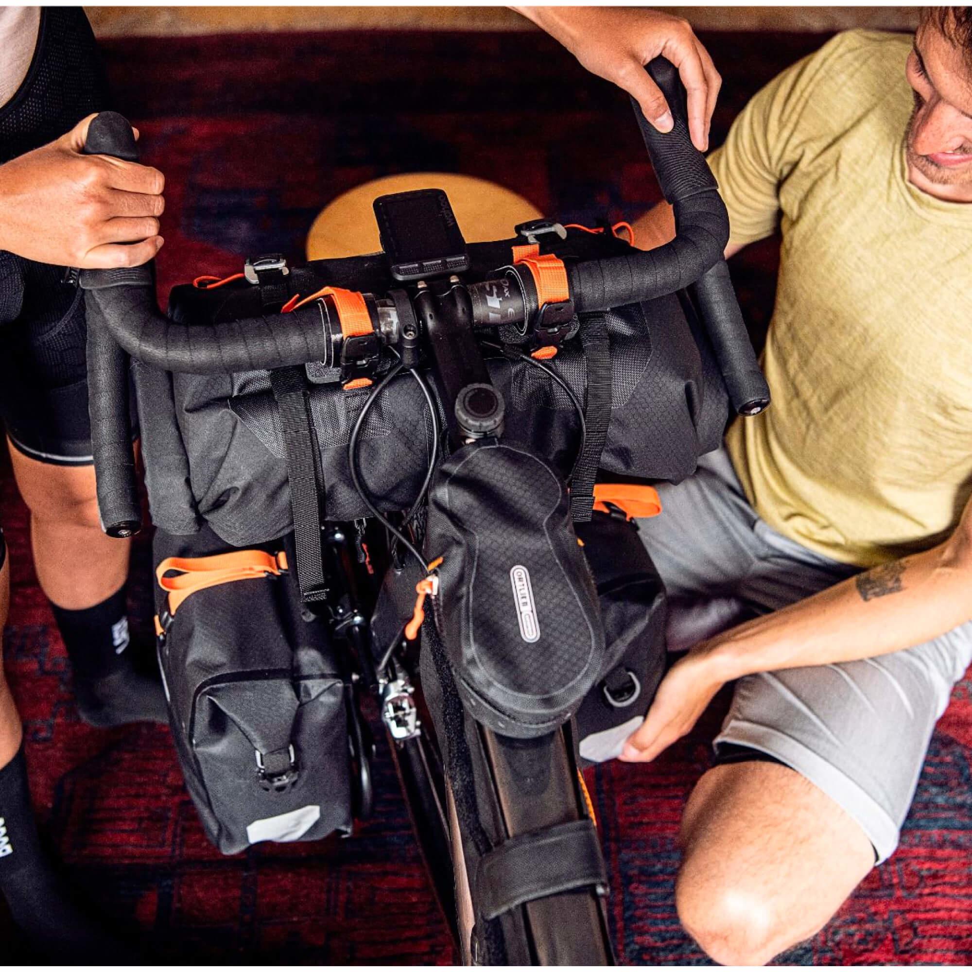 Cockpit Pack Black Matt-7