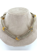 SEA LILY TWO-TONE PIANO WIRE KNOT NECKLACE