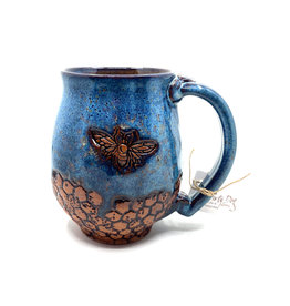 DIRTY DOG POTTERY BLUE BEE MUG