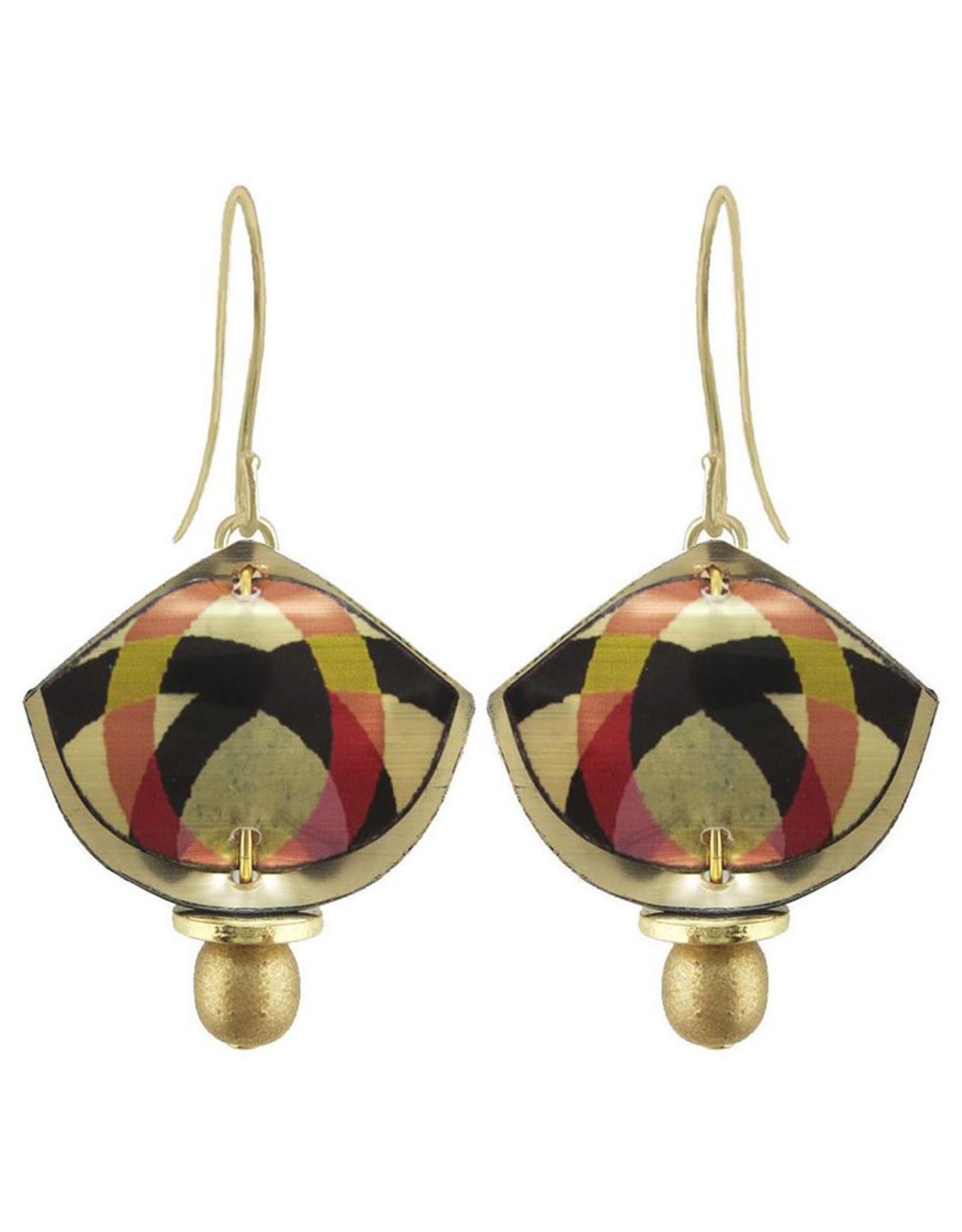 SINGERMAN & POST GOLD SHIELD EARRINGS