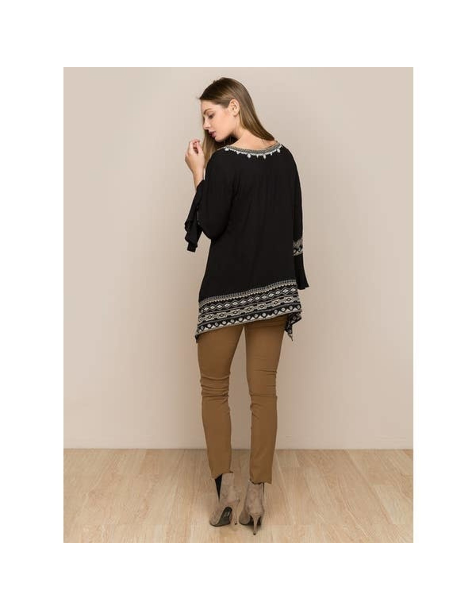 Vibrato Clothing Embroidered L/S Bell Black