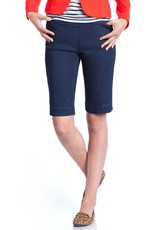 Multiples Walking Short with Slim-Sation Tech