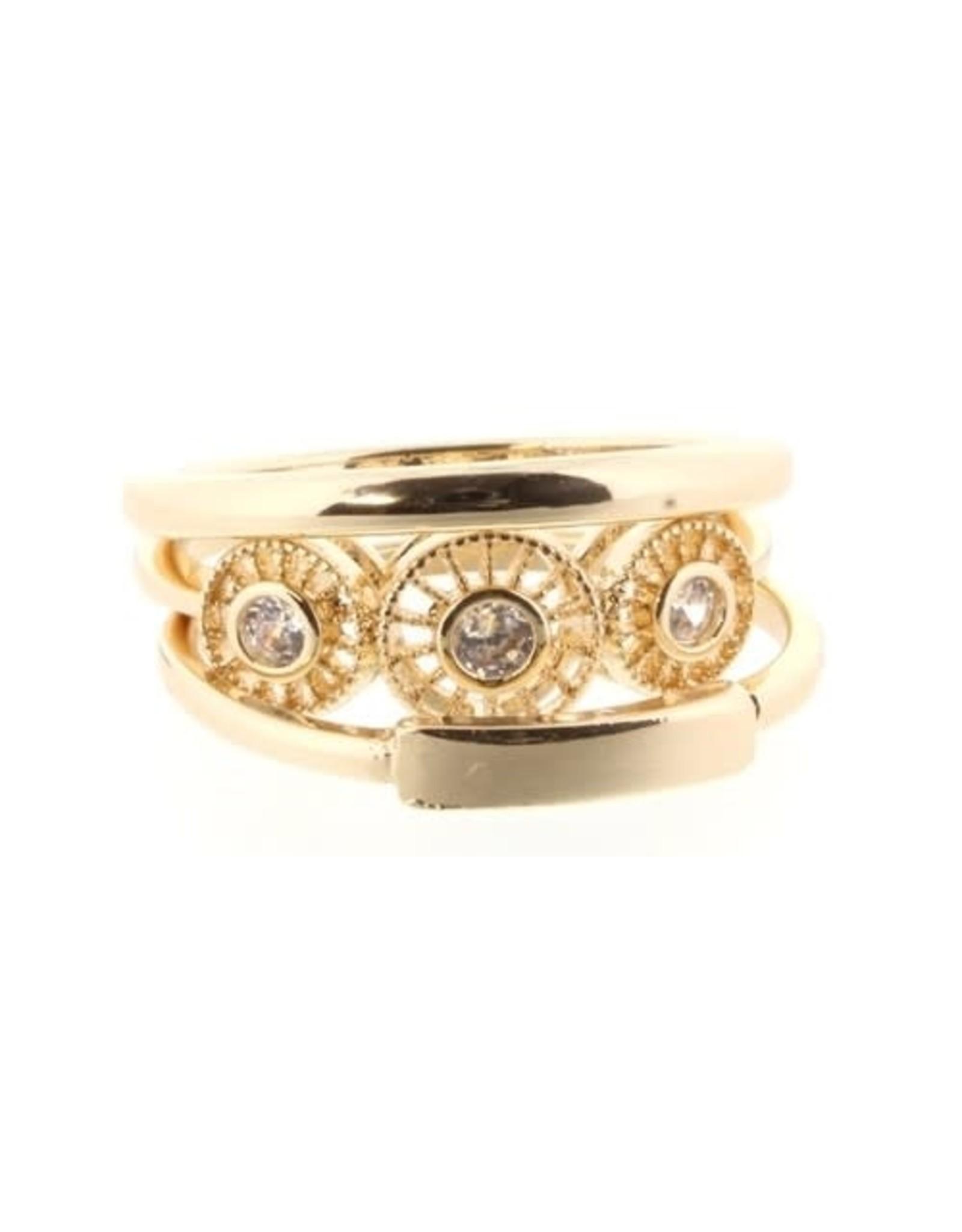 # circle gold diamonds Ring