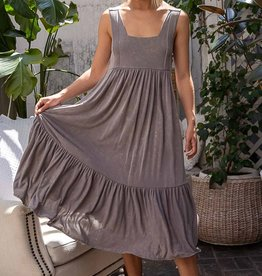 POL Clothing Tiered Soft Midi Dress
