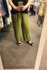 Cut Loose Rayon Crinkle Cropped Pant