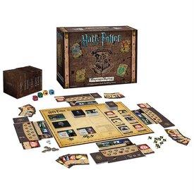 Usaopoly Harry Potter™ Hogwarts™ Battle: A Cooperative Deck-Building Game (EN)