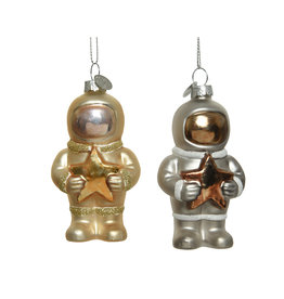 Kaemingk Glass ornament astronaut holding star matte