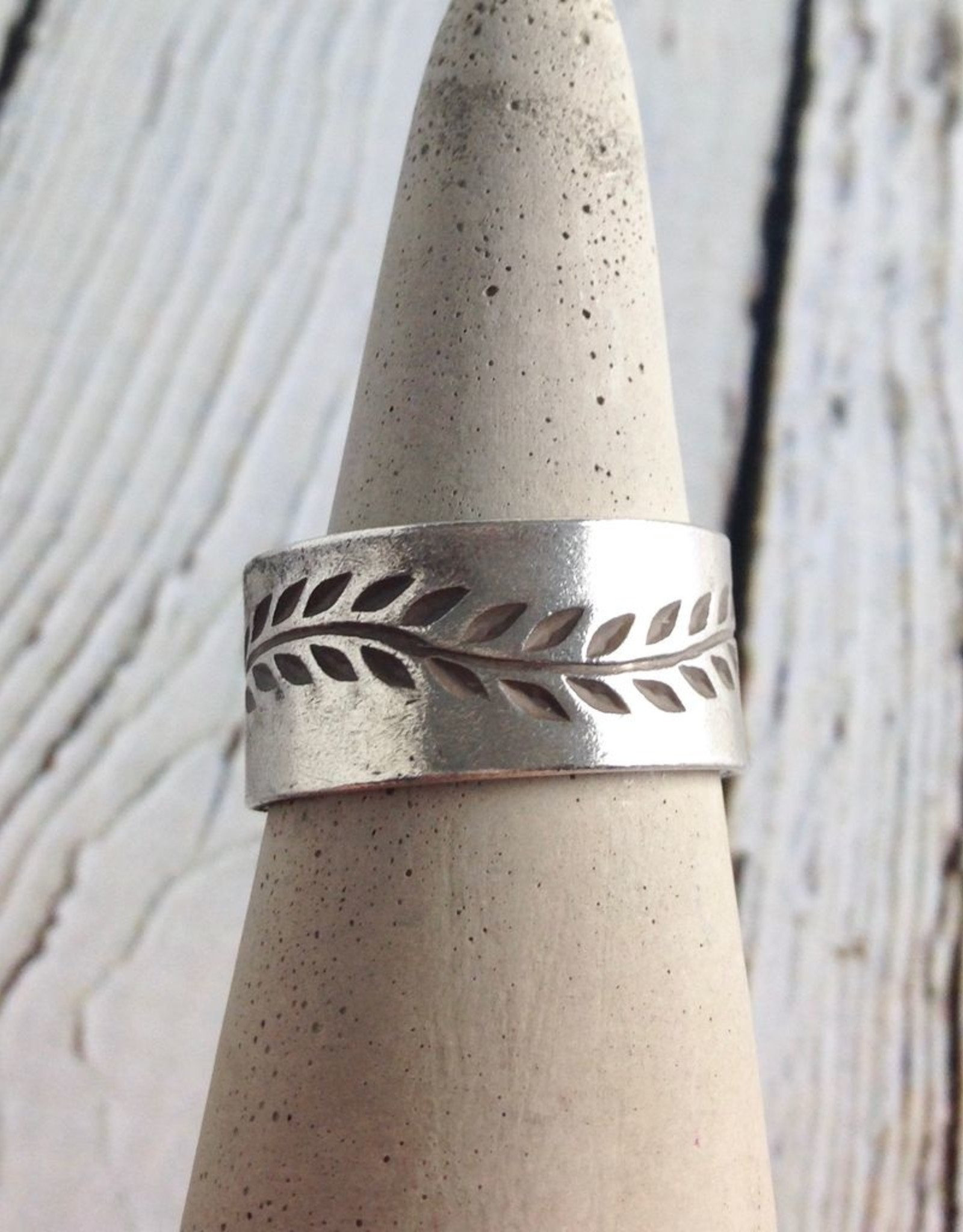 TigerMtn Hill Tribe Silver Band with Stamped Vine