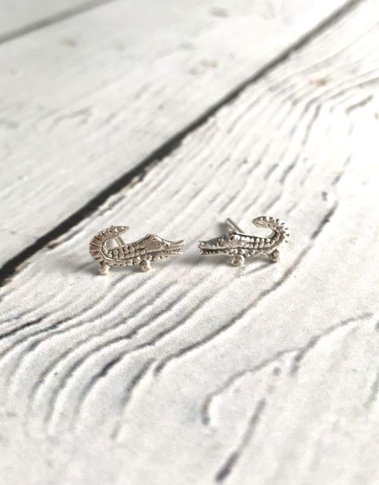 solidsilver Sterling Silver Alligator Stud Earrings