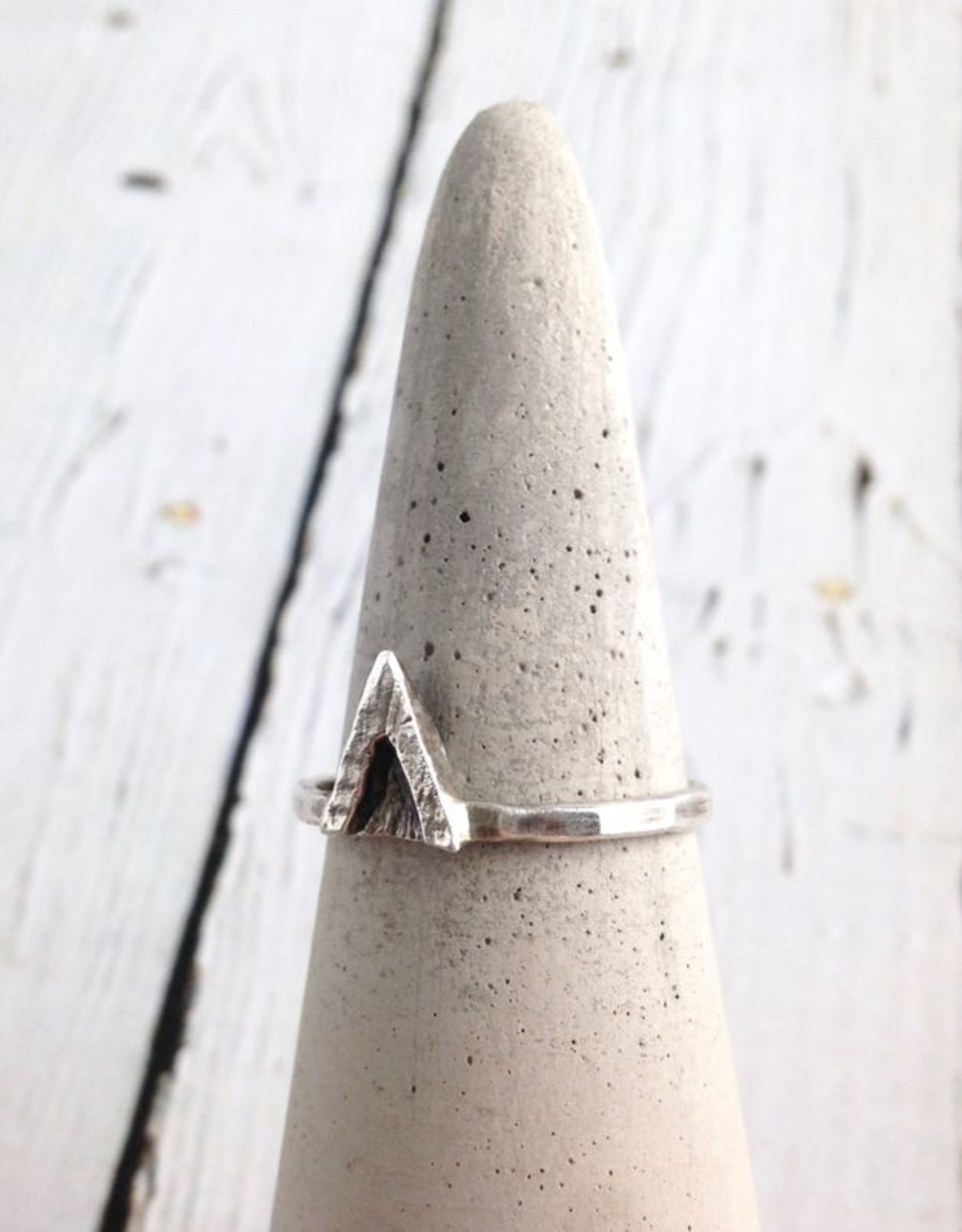 Sterling Silver V Ring, Size 7