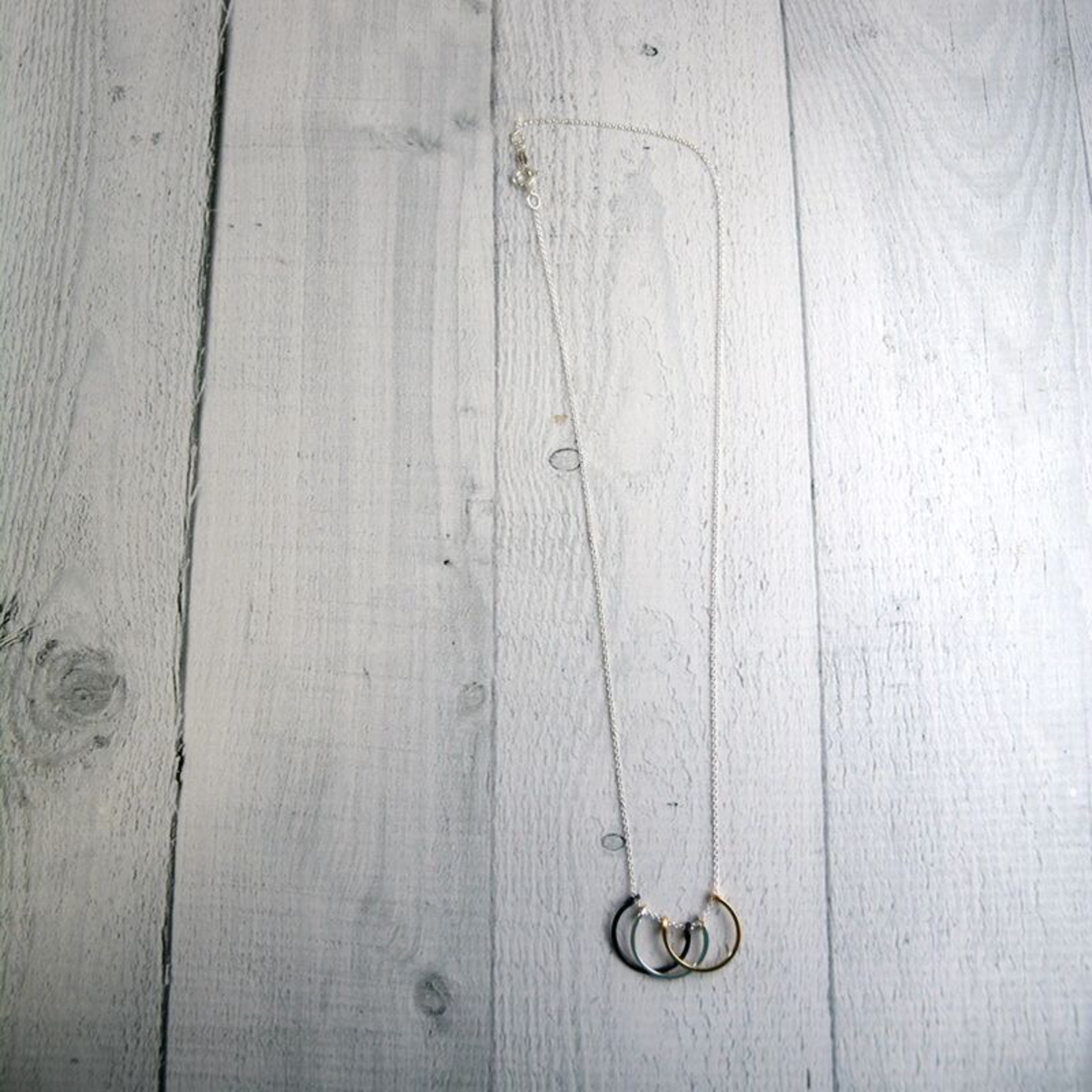 "Mixed Metals Small Honey Petals Necklace (18"")"