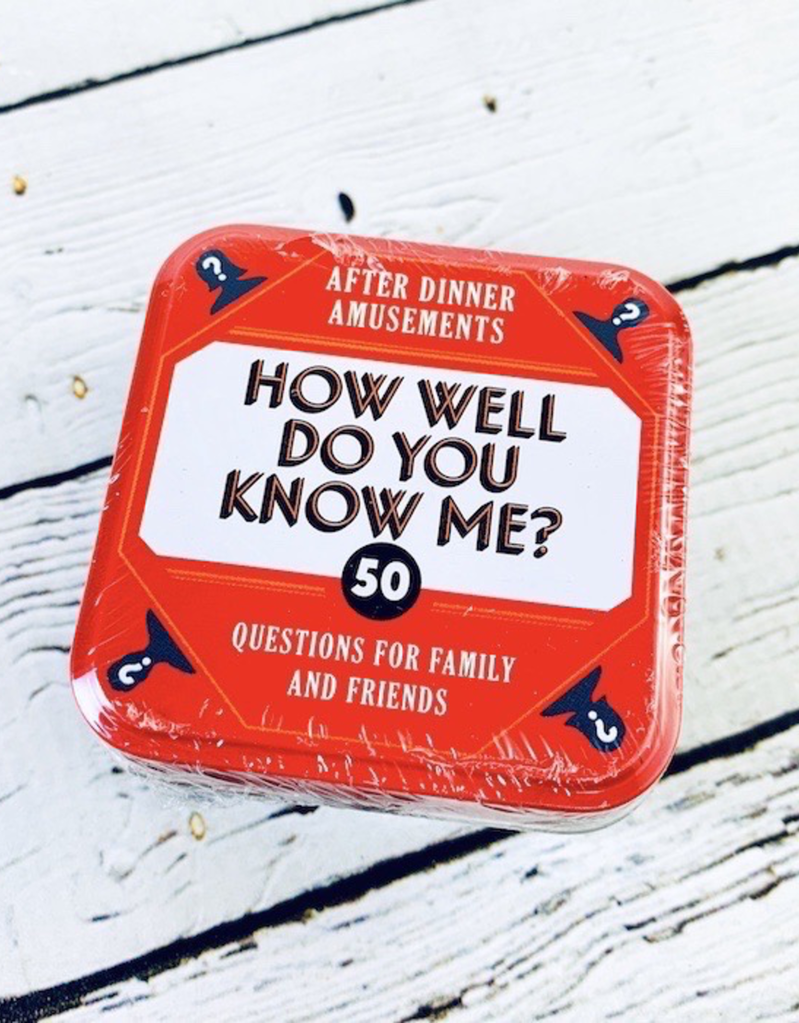 After Dinner Amusements: How Well Do You Know Me? 50 Questions for Family and Friends