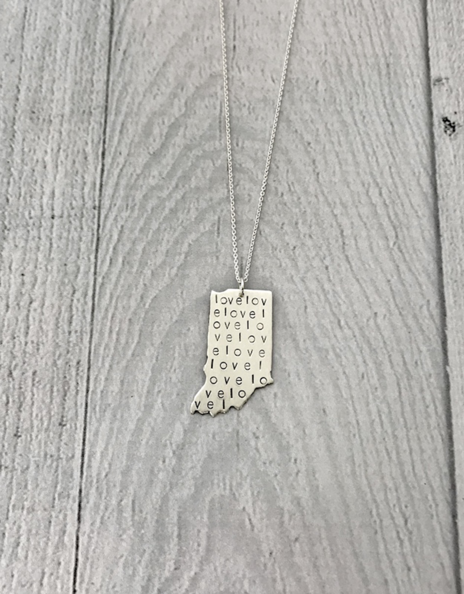 """Sterling Silver Handstamped Large Indiana with Love Pattern Necklace, 18"""""""