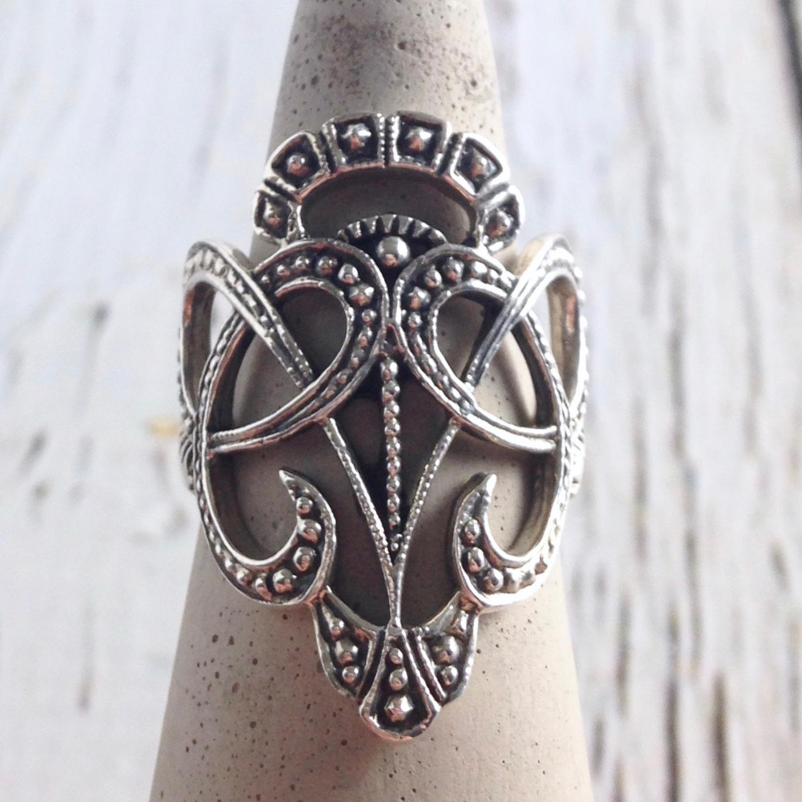 Majestic Ring