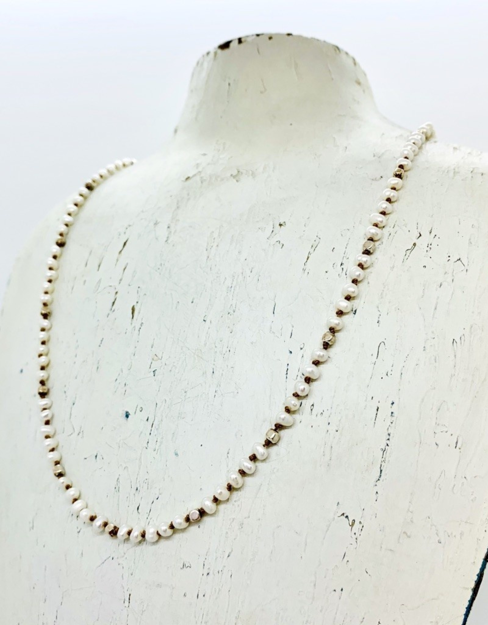 Handmade Sterling Silver Necklace with 5 white pearls, 1 shiny square pattern knotted on natural silk