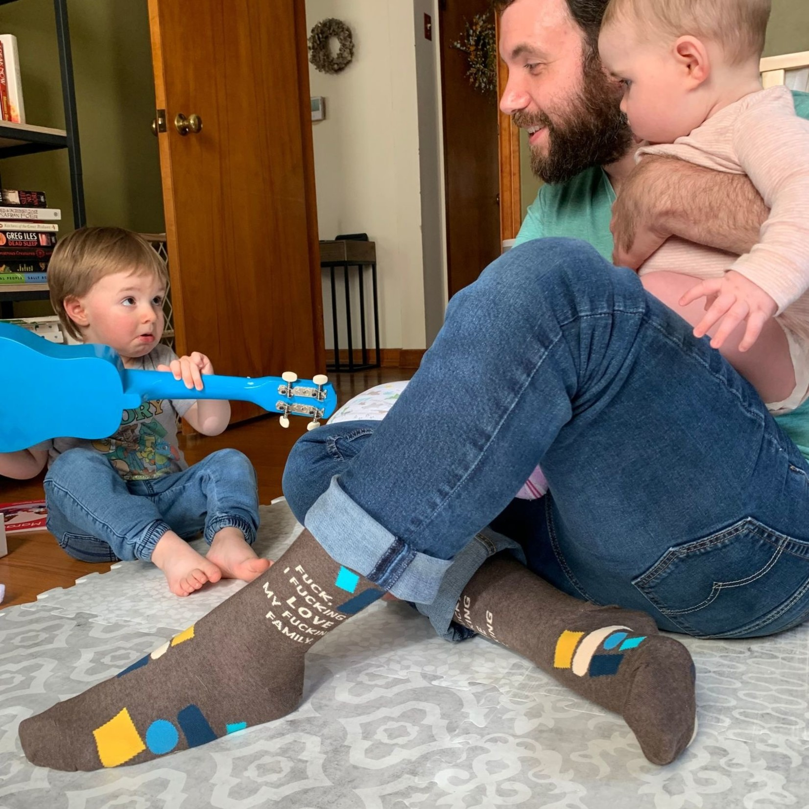 Fuck I Love My Fam Men's Socks
